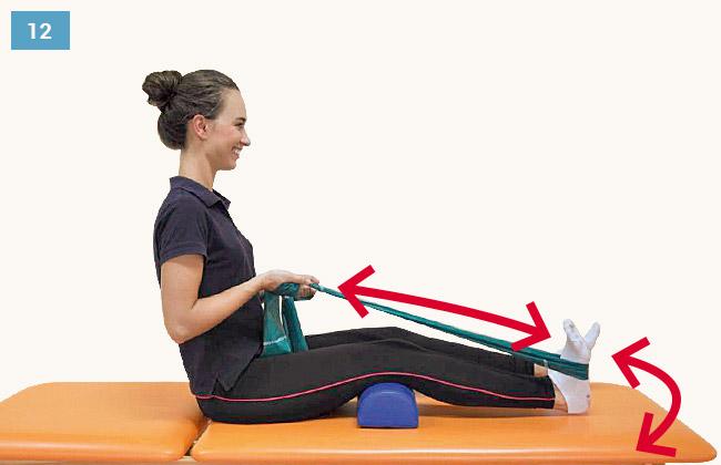 Ćwiczenie wzmacniające mięsień trójgłowy łydki i czworogłowy uda