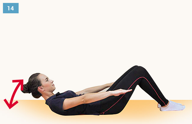Ćwiczenie wzmacniające mięśnie brzucha unoszenie głowy i obręczy barkowej