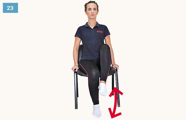 Ćwiczenie wzmacniające mięśnie grupy przedniej uda w pozycji siedzącej